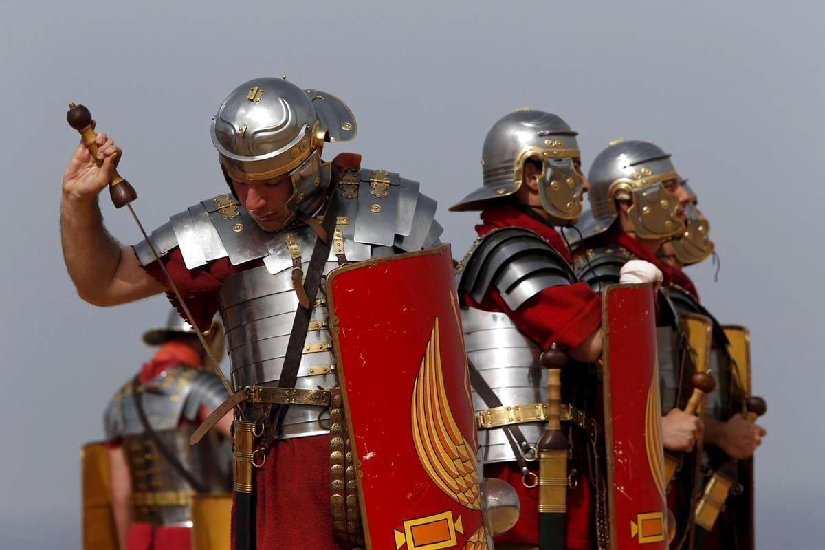 Легионеры армии Древнего Рима: Современный вариант попытки захвата острова Мальта (19)