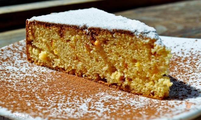 Пирог с пралине и лимонной цедрой
