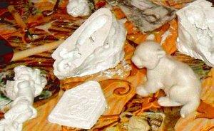 Миниатюрная скульптура из гипса