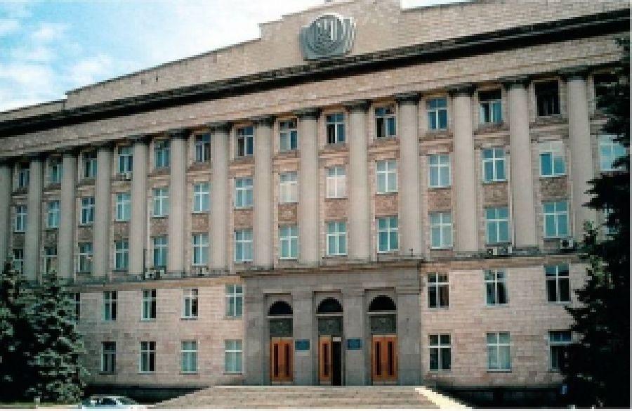 Как Черкасский облсовет плюет на Конституцию или как регионал Вельбівець захватывает регион