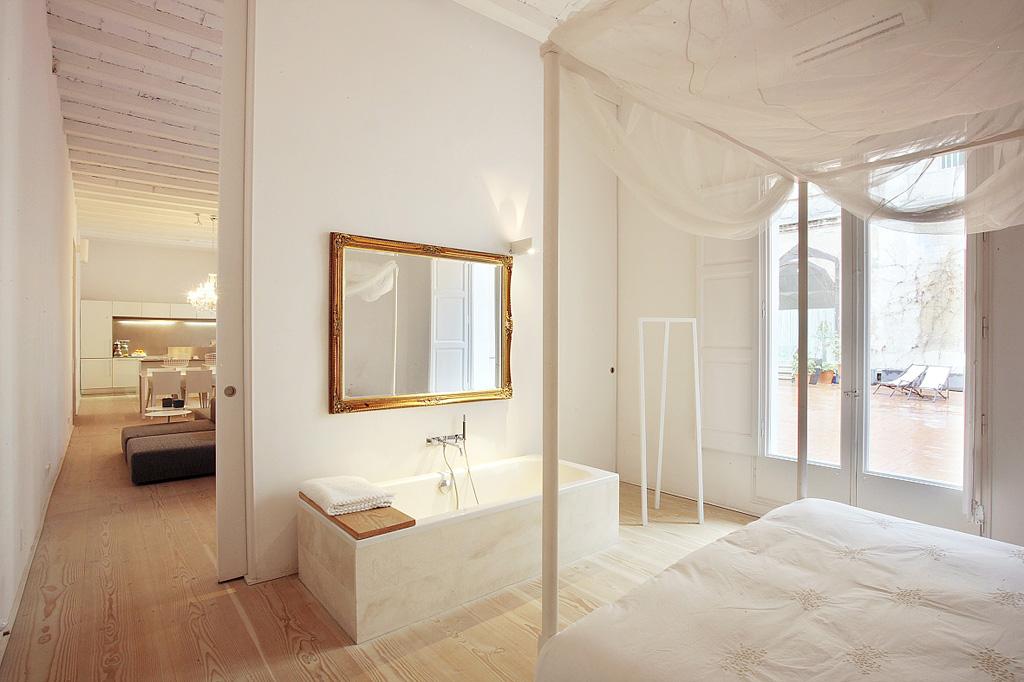 proyecto-interiorismo-vivienda-restauracion-claustro-gotico-gaudi-barcelona-08.jpg