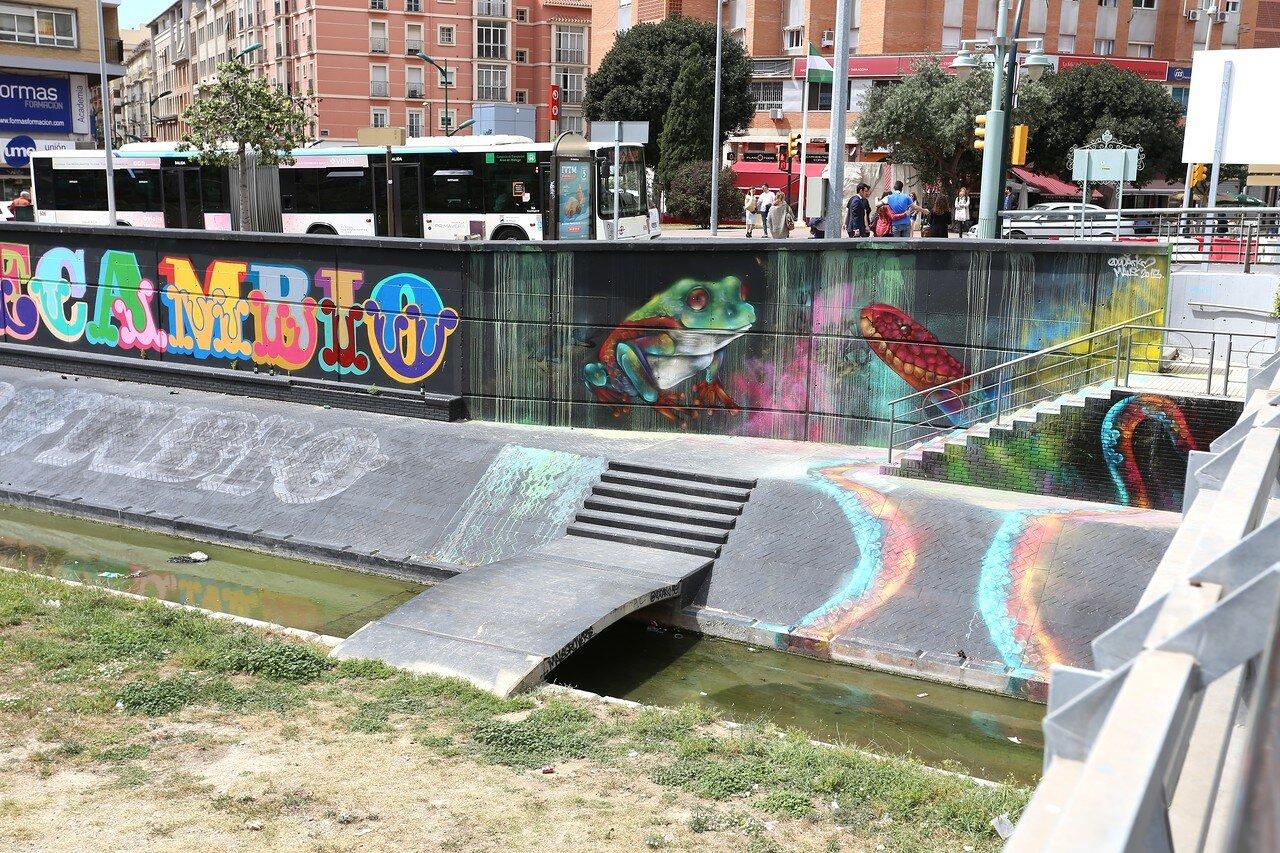 Малага. Набережная Команданте Бенитес (Avenida del Comandante Benítez). Графити