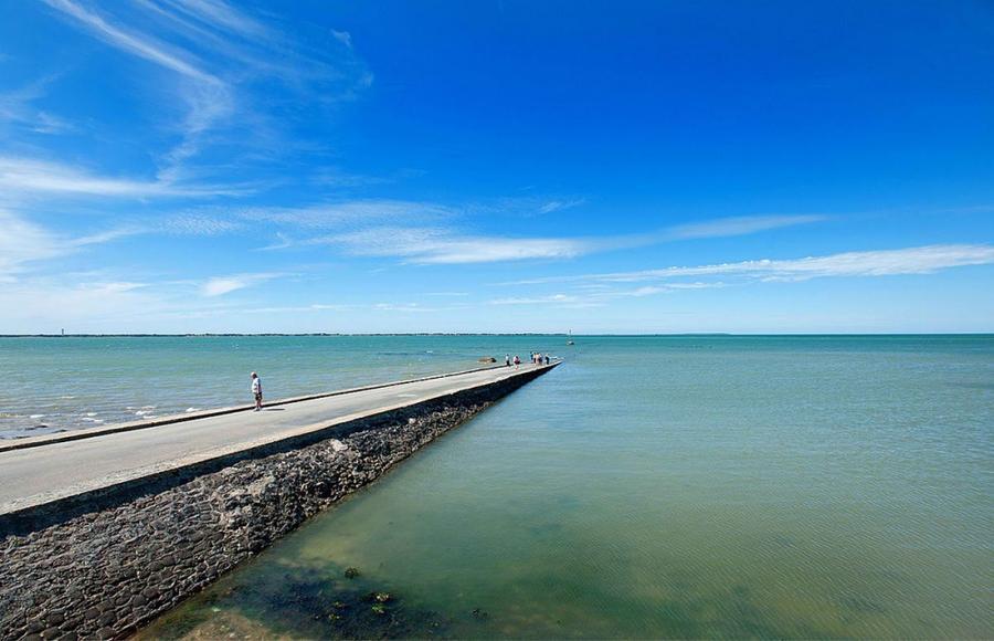 1. Пассаж дю Гуа считается очень опасной дорогой, ведь из-за быстро прибывающих потоков воды вполне
