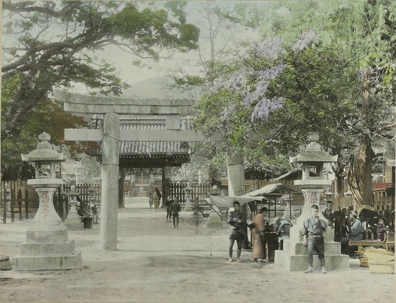 Кобе. Храм Икута