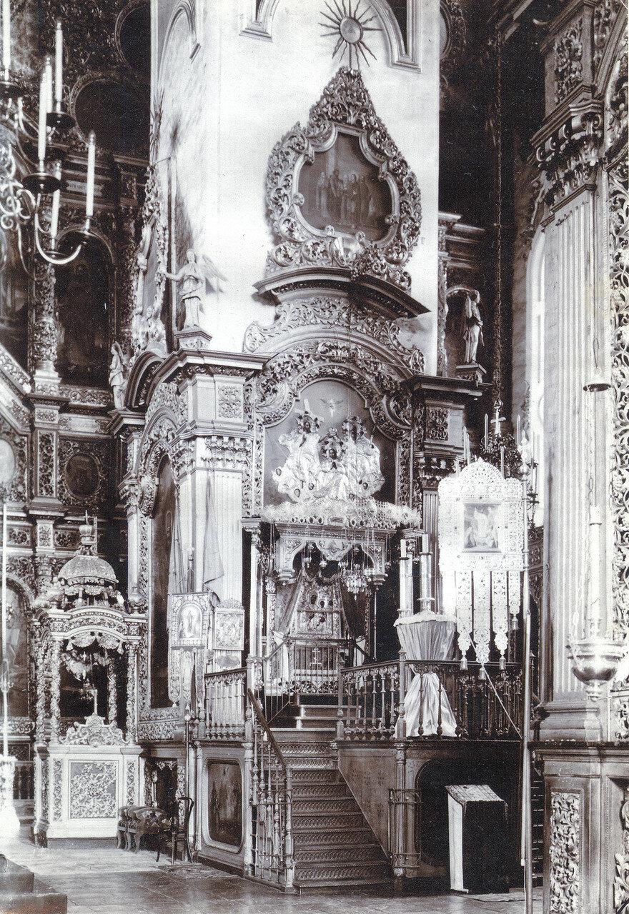 Икона Смоленской Богоматери Одигитрии в Успенском соборе