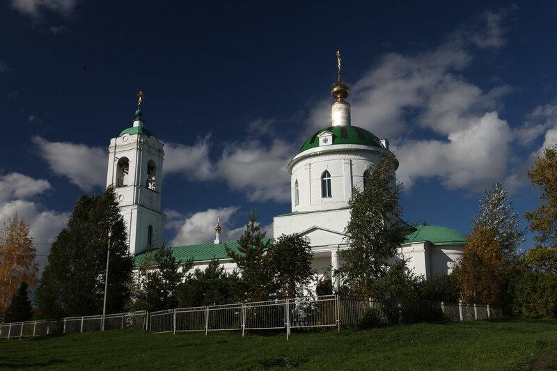 храм Святого Василия в селе Борисовское