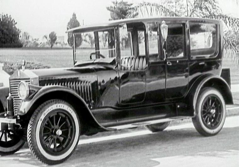1921 - Малыш (Чарли Чаплин).jpg