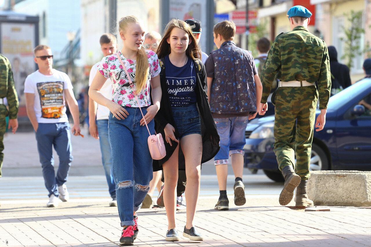 Как снимают девушек на улице в россии фото 725-251