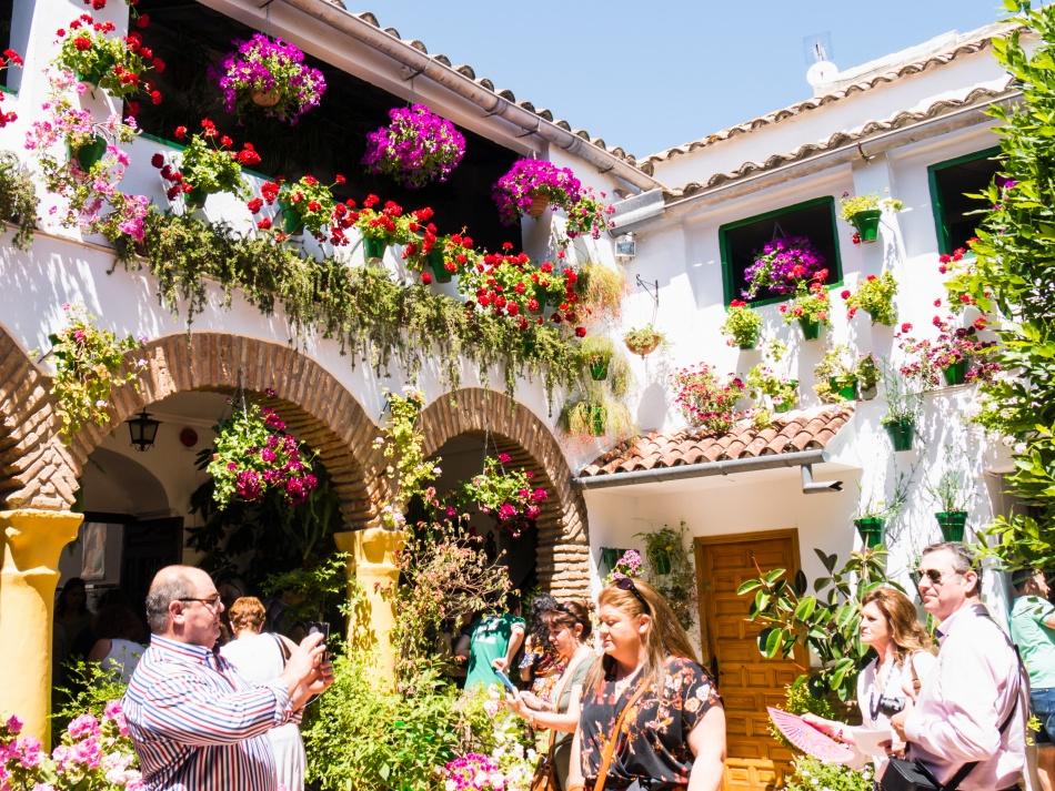 Вэтом испанском городке даже стены дышат весной