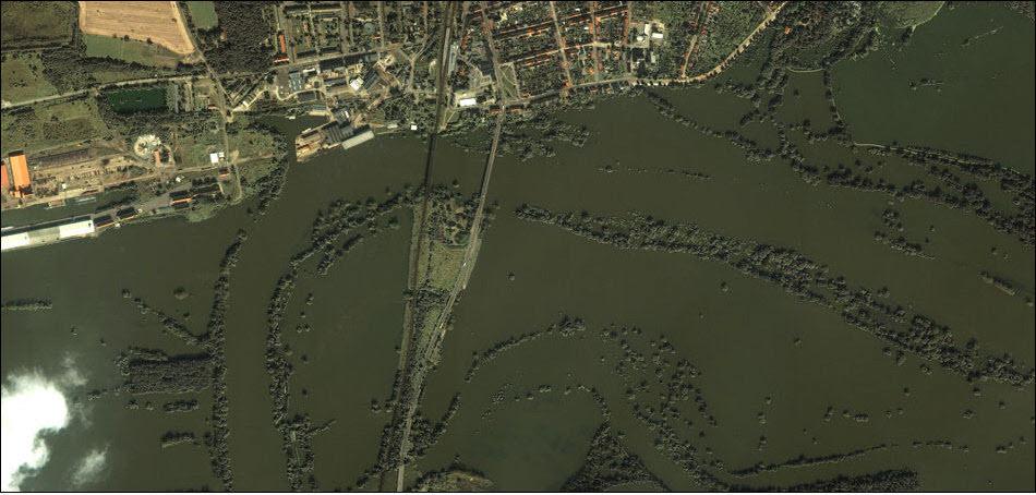 9. Последствия наводнений в Германии, 2002 год.