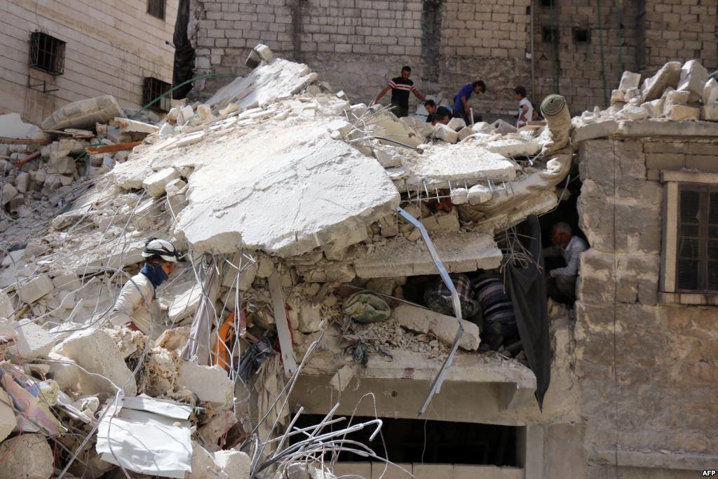 Неменее 100 исламистов погибли вСирии
