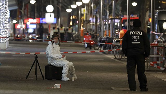 Прокуратура ФРГ берет под контроль изучением трагедии нарождественской ярмарке вБерлине
