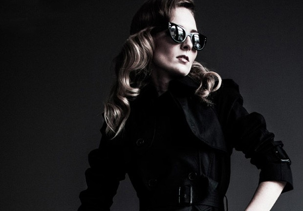 Designer eyewear is officially hot this season. Last year's Spring Fashion Week showcased up and com
