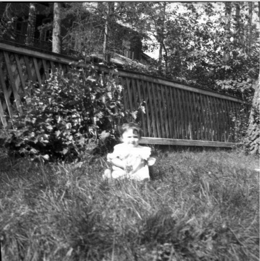 1904. Вешняки. Леночка