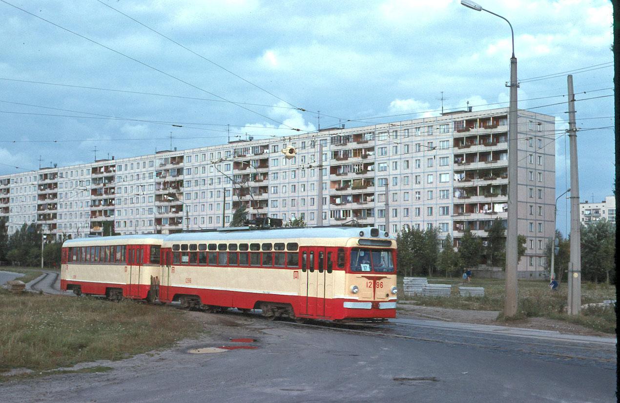 Киев. Улица Картвелишвили