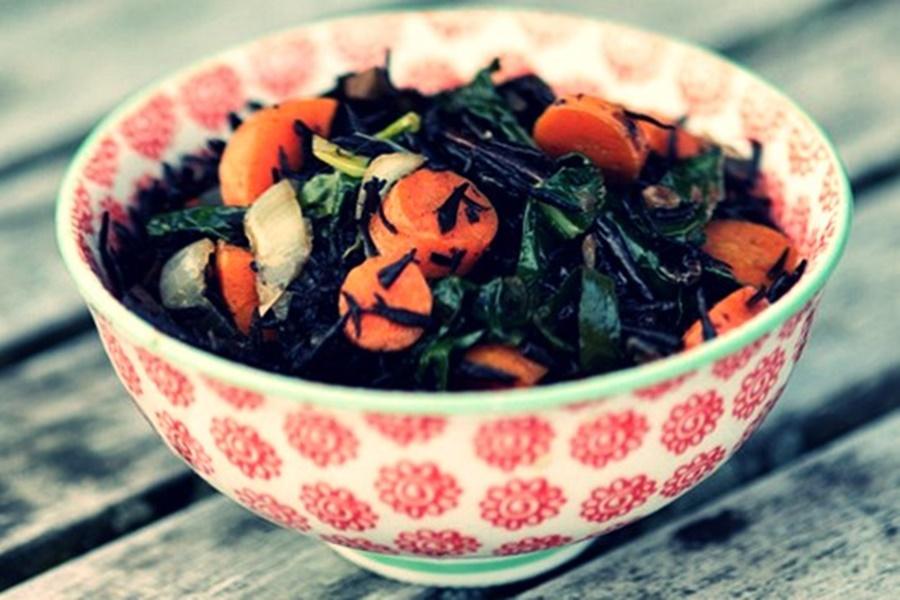 Полезный салат из свеклы и моркови