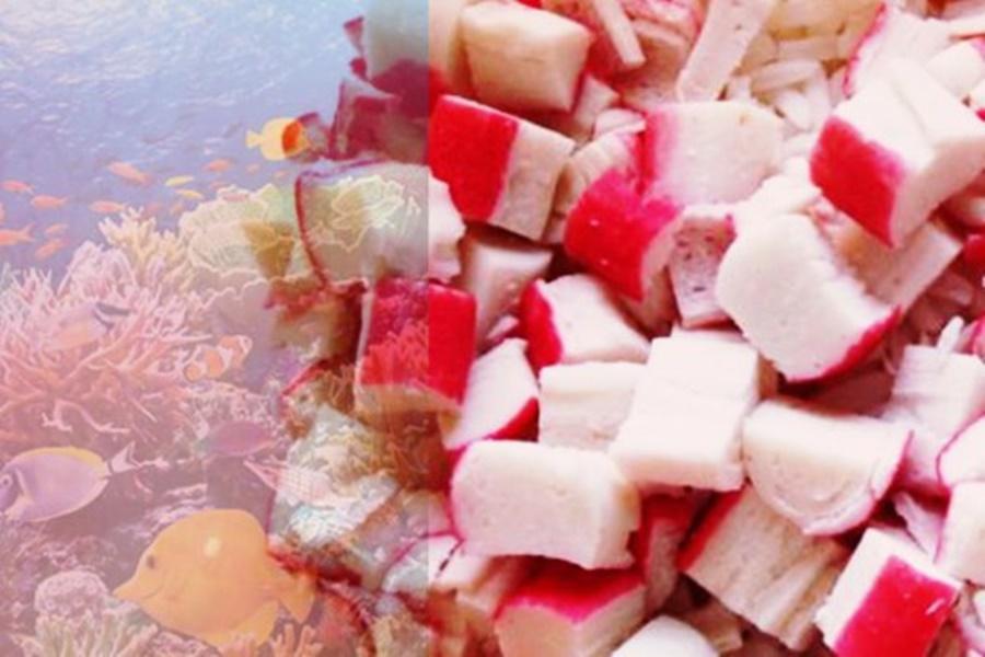 Блюдо «Коралловые рифы» из сыра и крабовых палочек