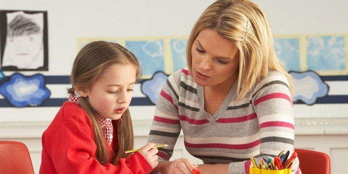 Психологи рекомендуют родителям усвоить пять простых правил, которые помогут облегчить адаптацию. Пе