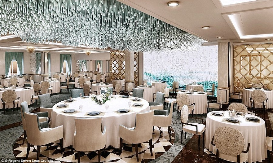 6. Ресторан Compass Rose Restaurant.