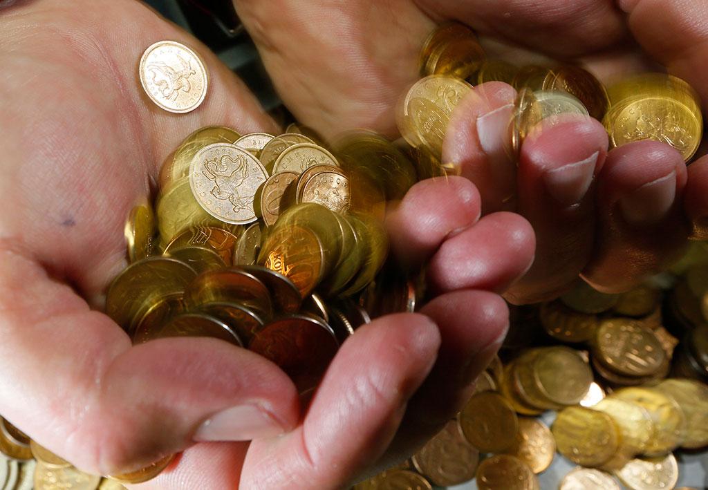 Министр финансов предлагает девальвировать курс рубля