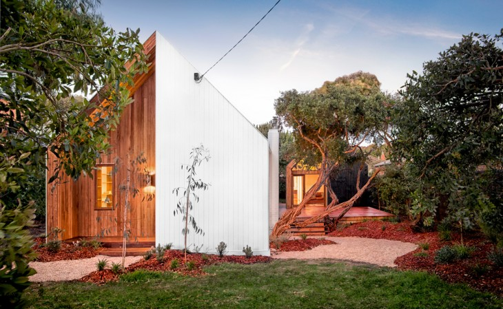 Auhaus Architecture + Interiors did an extensive renovation of a tiny weatherboard beach shack in Ba