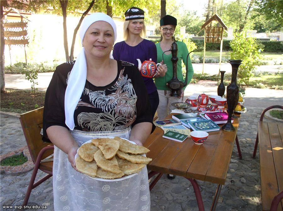 Виктория Струнина, Евпатория. Готовим чебуреки.