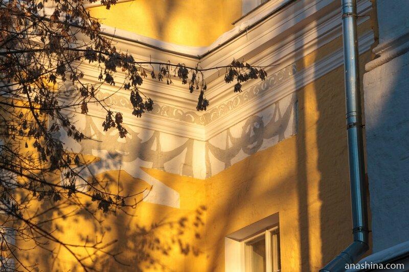 Вскрытые реставраторами элементы, Лефортовский дворец