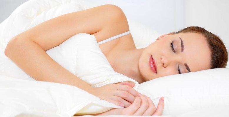 Сон на боку очистит мозг от отходов