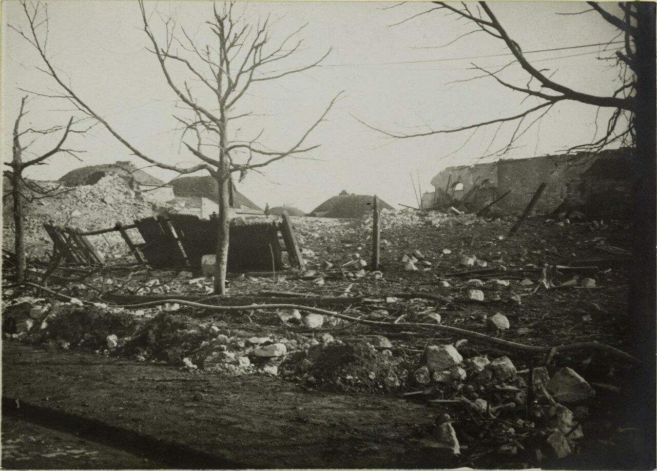 1916. 04 марта. Разрушения в районе Сен-Дени