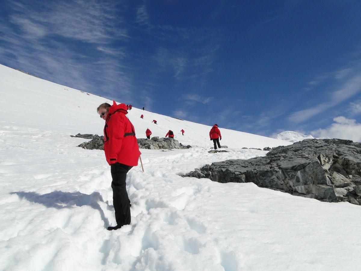 70. Совершите круиз вокруг берегов Антарктиды и полюбуйтесь на айсберги.