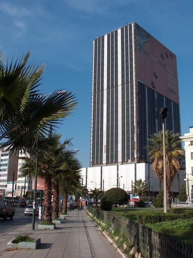 7. Башня Пирей, Греция Здание, сконструированное архитектором Иоаннисом Викеласом, является единстве