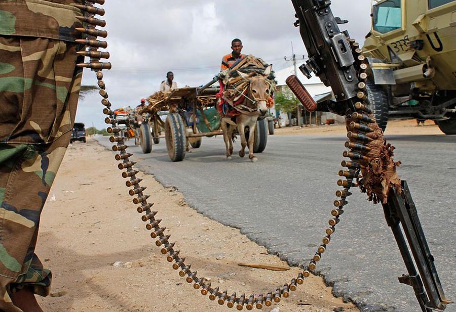 7. Сомали На протяжении 20 лет военный конфликт разорял Сомали, лишая население ресурсов на базовое