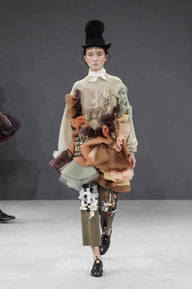 Неделя высокой моды в Париже: Viktor & Rolf осень 2016