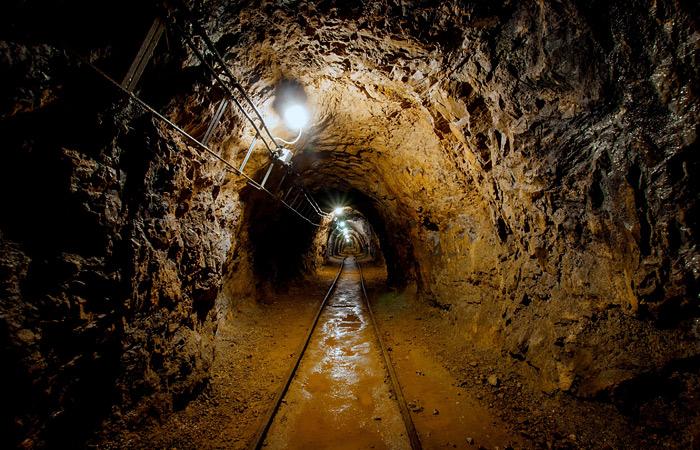 Дворкович допустил закрытие самых рискованных шахт