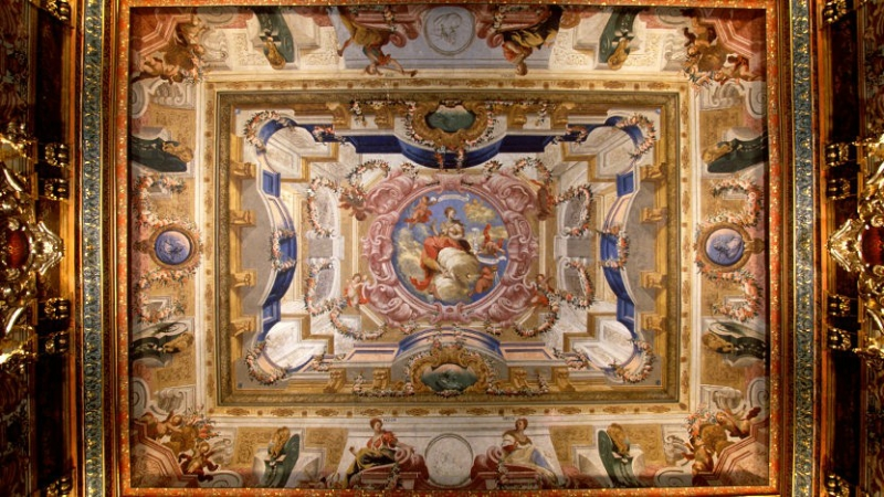 coimbra-biblioteca-joanina-4-832x468.jpg