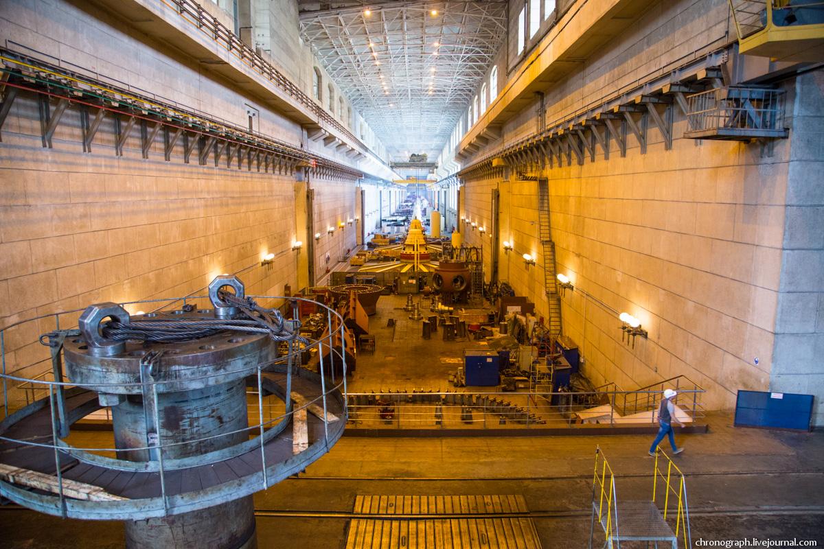 Монтаж рабочего колеса гидроагрегата №7 на Жигулёвской ГЭС 0_11235e_c462ce79_orig