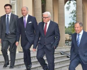 """Встреча в """"нормандском формате"""" в Берлине продолжается уже третий час"""