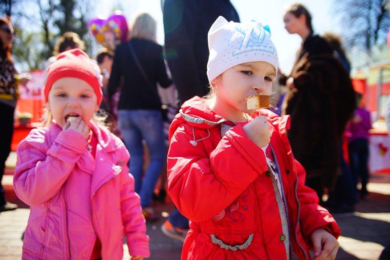 В Твери проходят праздничные гуляния