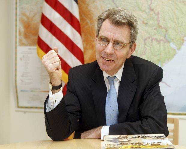 Посол США Пайетт прощается с Украинским государством : помню оМайдане, героизме ижертвах