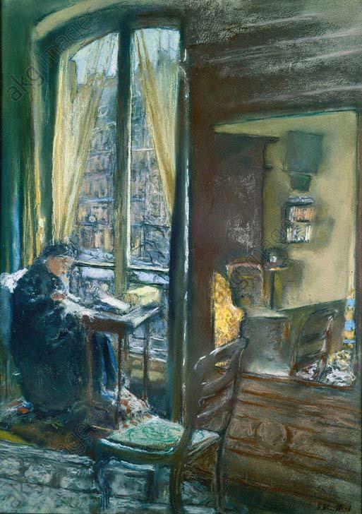 E.Vuillard/ Mme Vuillard nдht am Fenster - Vuillard / Madame Vuillard sewing / 1926 - Vuillard, Edouard , 1868-1940.