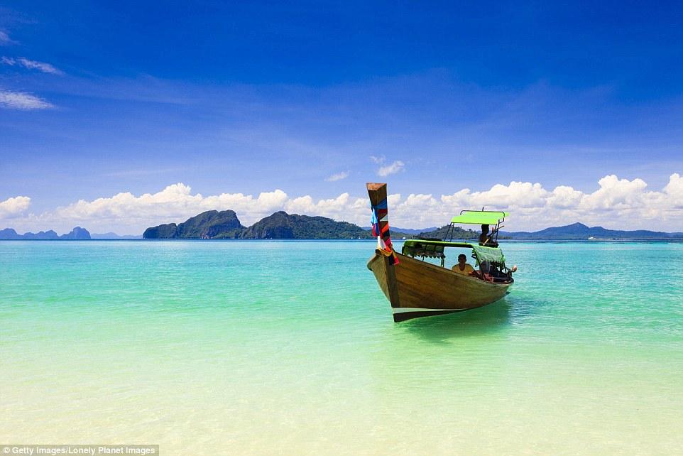Море у острова Ко-Крадан, Таиланд.