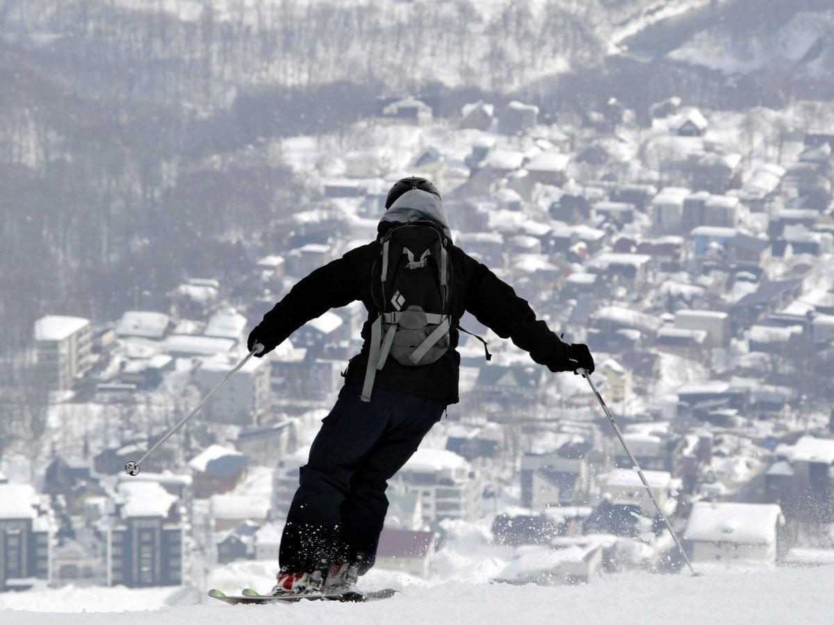 82. Спуститесь на лыжах или сноуборде со склонов Нисеко на севере Японии, известной благодаря прекра