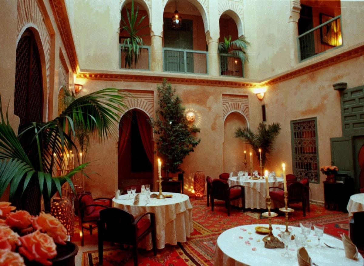 83. Поспите в традиционной марокканской риаде в Марракеше.