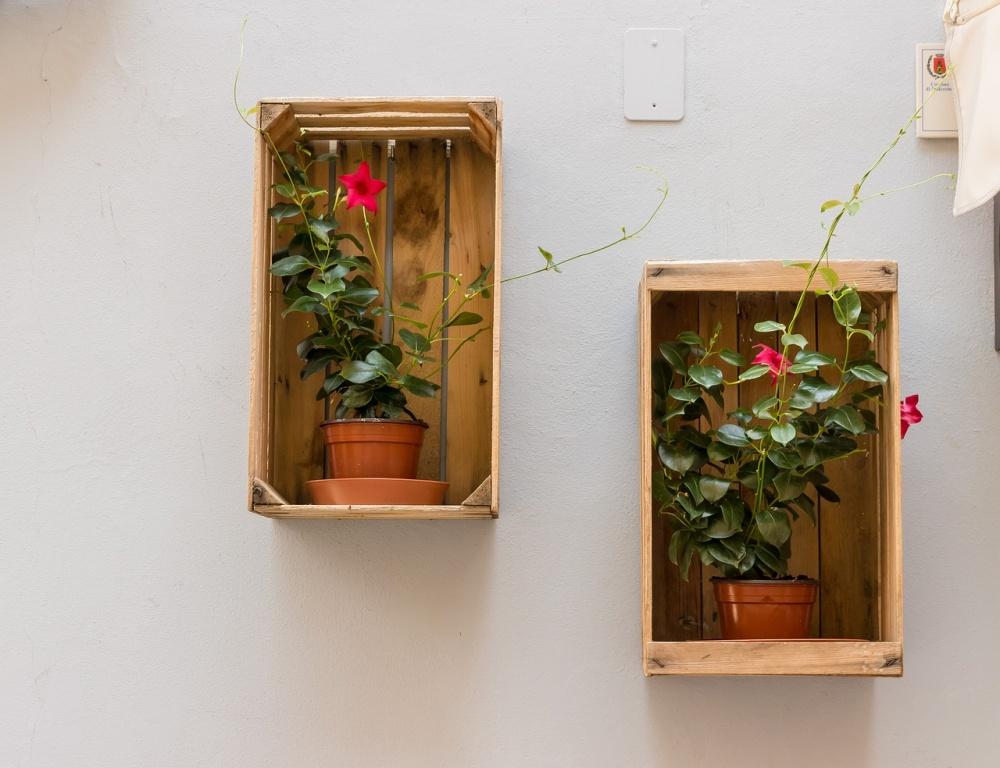 Полки под вазоны на стену своими руками 91