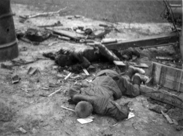 Погибшая советская батарея, октябрь 1941-3.jpg