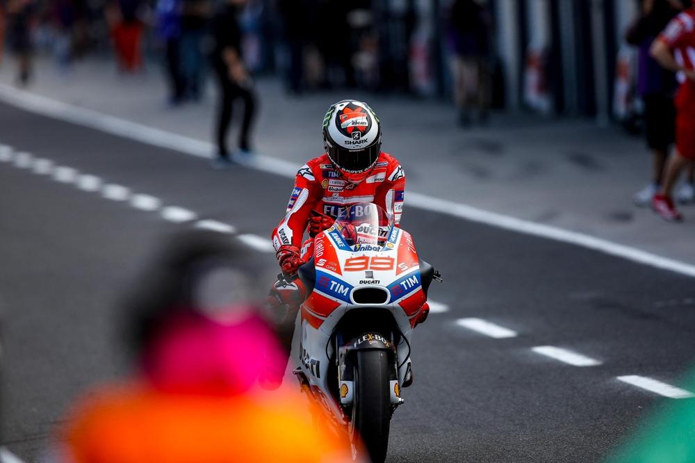 Хорхе Лоренцо: «Почему Баутиста на прошлогоднем Ducati быстрее, чем я?»