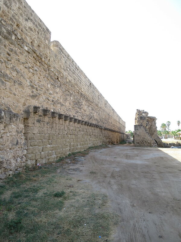 Фамагуста. Город. Стена от Морских ворот до Арсенальной башни