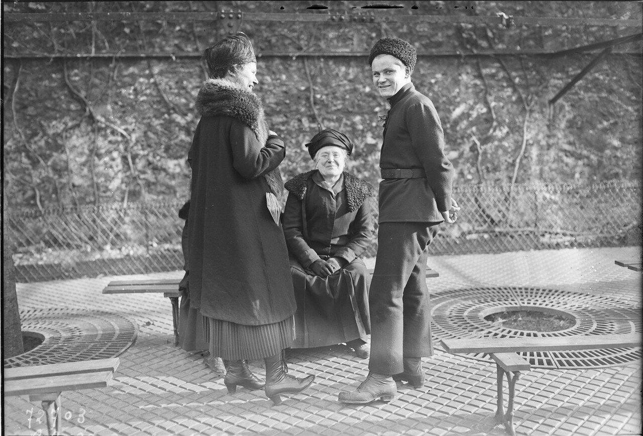 1922. Русские беженцы в Париже. 13 марта