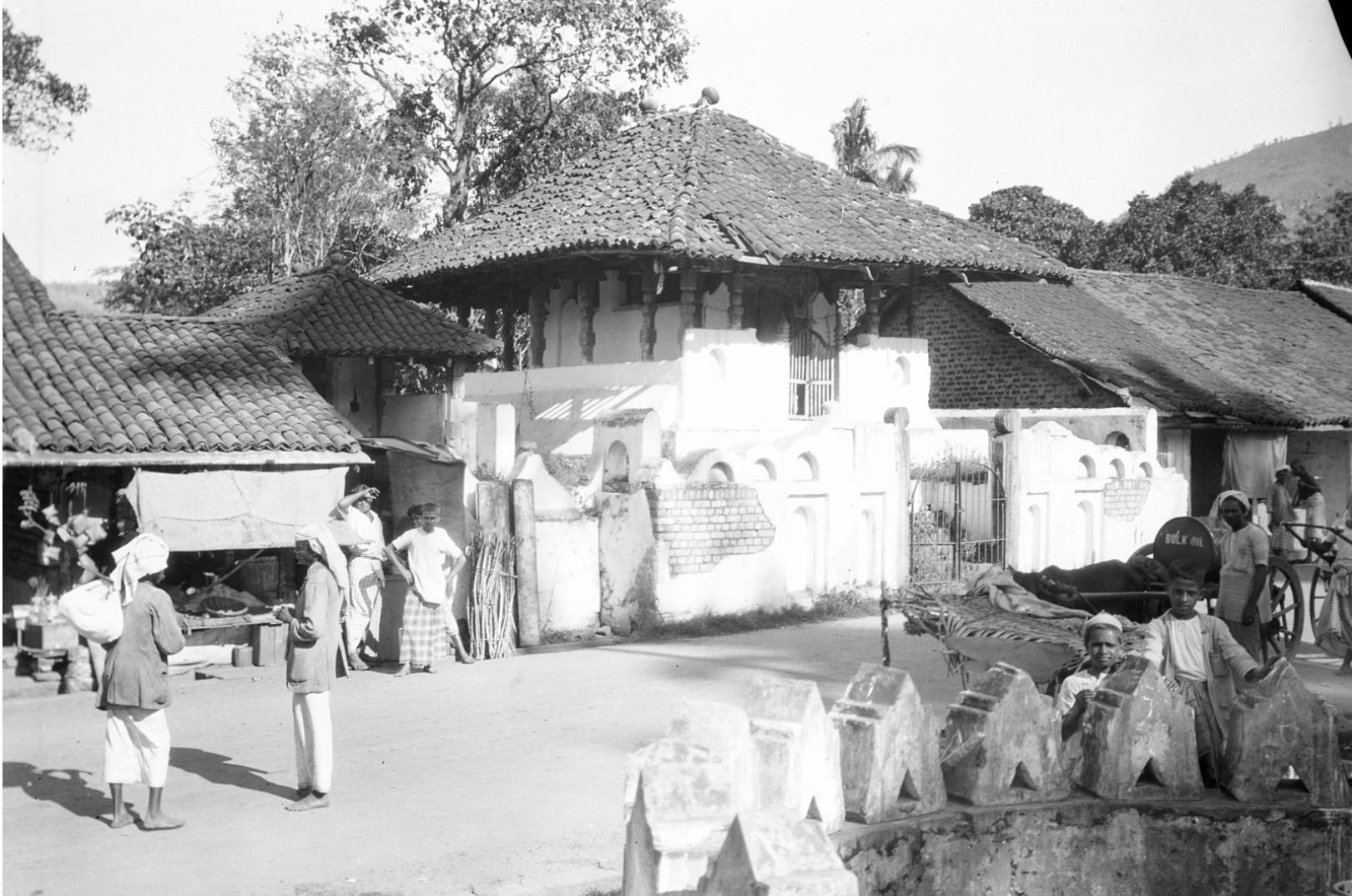 205. Небольшой храм в Бадуллу