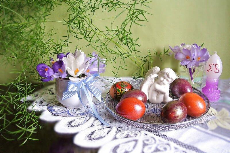Разноцветие яиц...... и улыбки светлых лиц. С праздником!